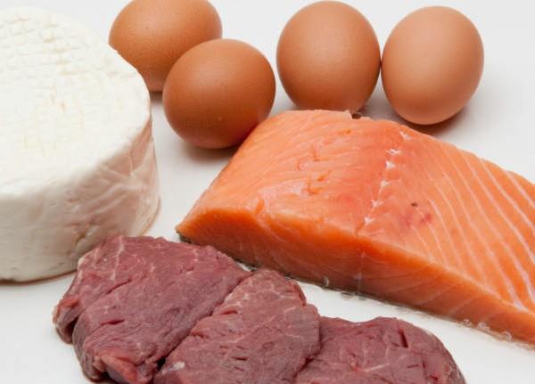 Qué alimentos son mejores para la noche y cuáles hay que evitar