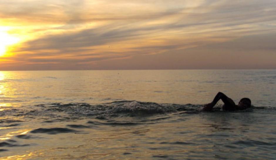 article-cinco-consejos-nadar-mar-5b2e81f9246c5